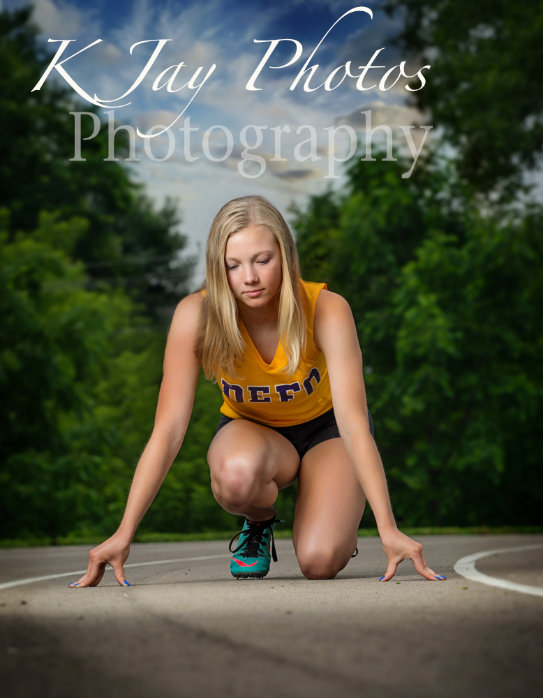 Track senior pictures. De Forest WI Photographer