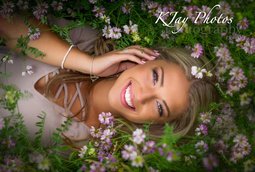 Madison WI Photographer specializing in high school senior pictures.