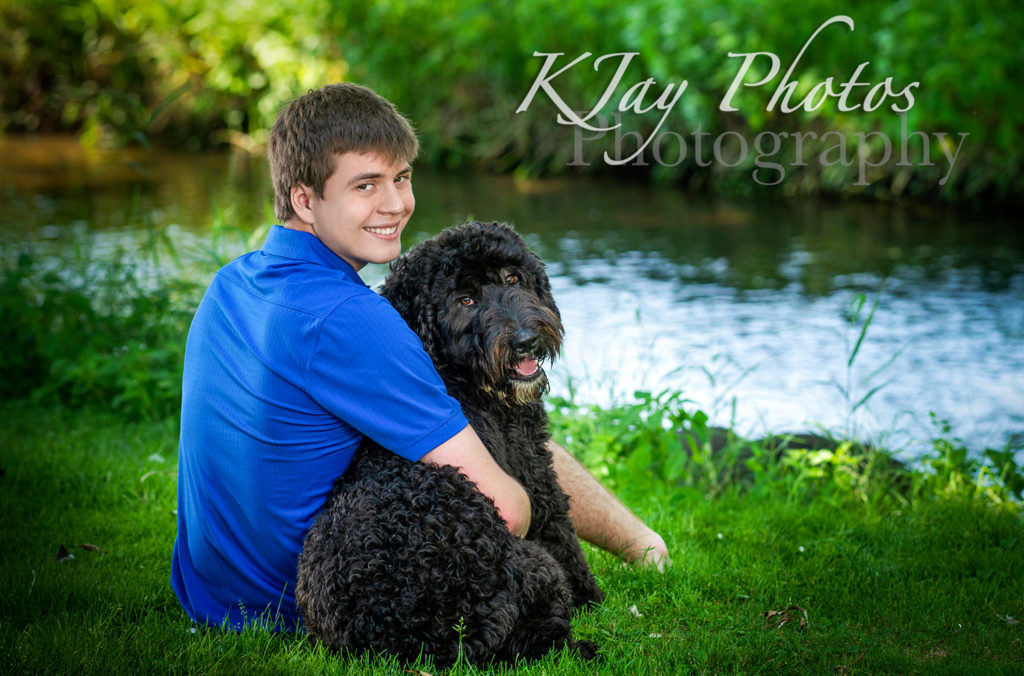 Senior Pictures with your pet. K Jay photos Photography, Madison WI photographer is now reserving the Class of 2021.